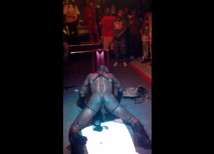 Stripper twerking